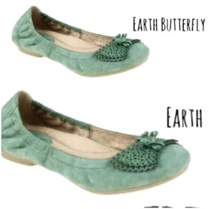 🍃🌏EARTH BUTTERFLY BALLET FLATS/ GREEN SUEDE